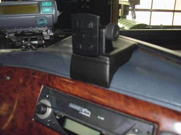 Perfect Fit Smartphonekonsole Telefonkonsole MB 917 AK Bj. 84-96 drehbar!